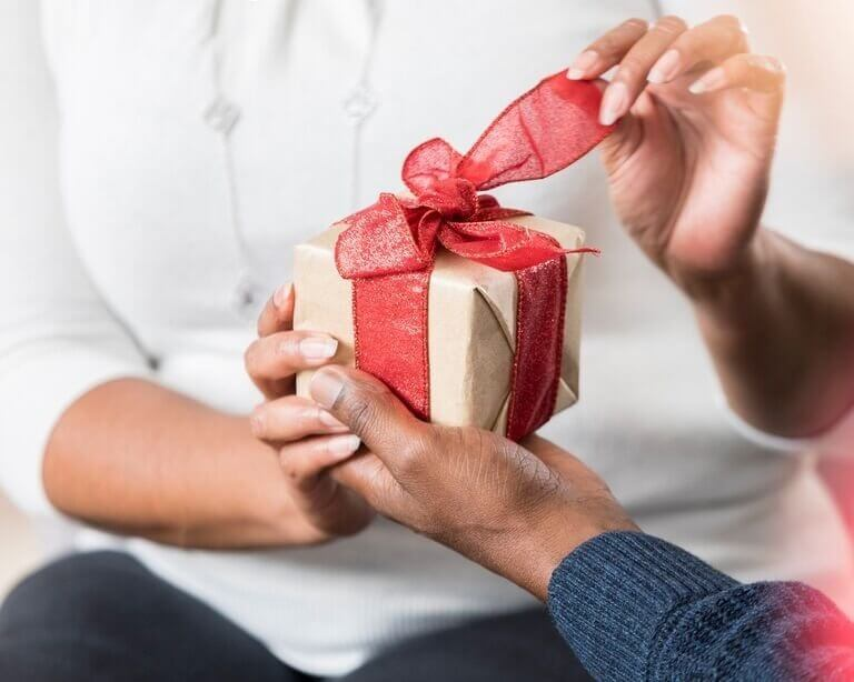 Spa Gift Cards Certificates Tampa, Florida Skin care and waxing spa, clear and even skin products for black women